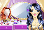 Play Fabulous Glitter Makeover Game