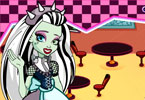 Play Monster High Restaurant Game