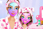 Play Mommy and Me Makeover Game