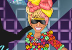Play Nicki Dress Up Game