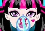 Draculaura Nose Surgery