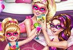 Super Barbie Pyjama Party